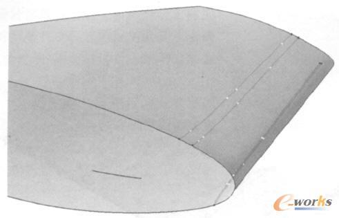 前缘缝翼曲面成型过程中4条控制线引导线